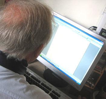 Internet : les seniors toujours plus nombreux sur la Toile