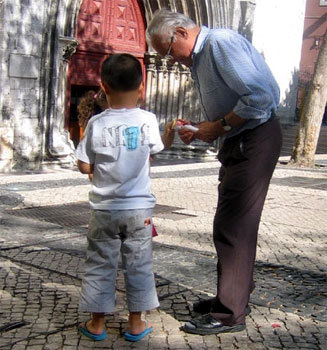 Quelles solidarités entre les générations ?, question grenobloise : chronique de Serge Guérin