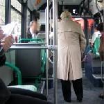 France - Le bus, transport à risque pour les personnes âgées ?