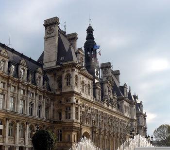 Paris : quand les « Commerçants Solidaires » s'engagent auprès des aînés