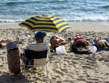Fortes chaleurs : attention aux personnes âgées