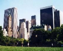 Les seniors new-yorkais se suicident en sautant par la fenêtre