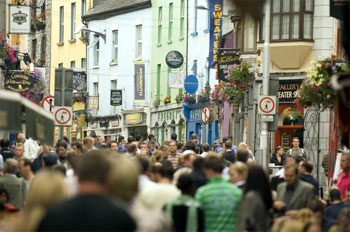 Rue de Galway, crédit photo Office du tourisme irlandais, Jonathan Hession (2006)