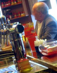 Les seniors alcooliques boivent plus que les jeunes alcooliques