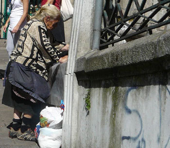 Secours Catholique : fragilisation des aînés et incapacité des seniors à travailler pour raison de santé