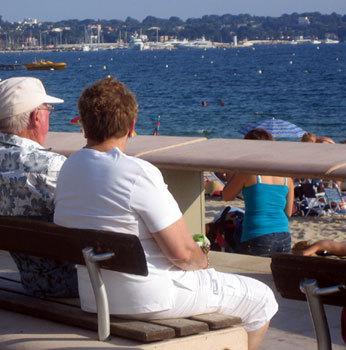 Un léger surpoids augmenterait la durée de vie des seniors