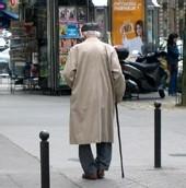 Les seniors hommes atteints de la maladie de Parkinson sont plus sujets aux fractures