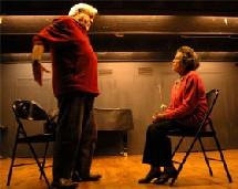 « Au secours c'est ici », une pièce de théâtre jouée par des seniors