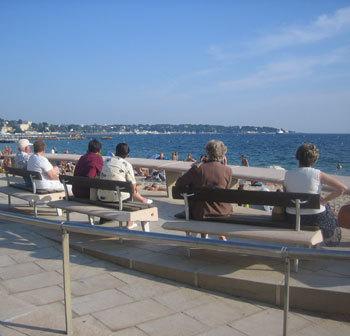 France : un Français sur six est senior et l'espérance de vie continue d'augmenter…