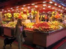 Ménopause : régime faible en graisses et riches en fruits et céréales pour ne pas grossir