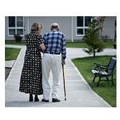 Maison de retraite : 644.000 résidents en établissements à fin 2003 selon la Drees