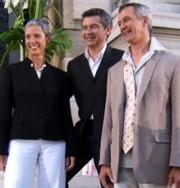 Les lauréats (à gauche et à droite) Photo Odile Domalain