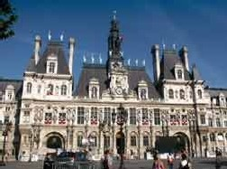 Paris rappelle son engagement auprès des malades Alzheimer et de leurs familles
