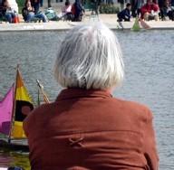 Le collectif 'Combattre l'isolement' a mèné une grande enquête sur la solitude des aînés