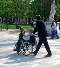 Une allocation pour les familles des Hauts-de-Seine hébergeant un parent âgé