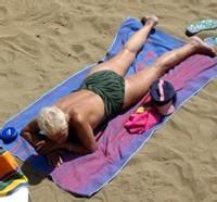 Pour 90% des Français, l'exposition au soleil est le 1er facteur d'accélération du vieillissement de la peau