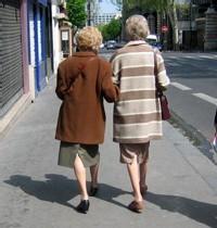 Les quinquas et plus homosexuels(elles) s'inquiètent de leur avenir de retraités