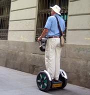 Marché de seniors : les entreprises doivent adapter leurs produits et leurs services