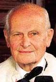 Royaume-Uni - Lord Renton, âgé de 94 ans, passe avec succès un test de conduite
