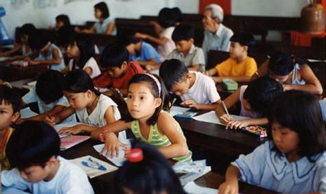 Des résidents en maison de retraite participent au financement de la construction d'une école à Saïgon