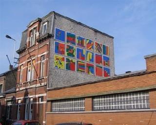 Des jeunes et des seniors de Liége réalisent 4 fresques pour favoriser la vie de quartier