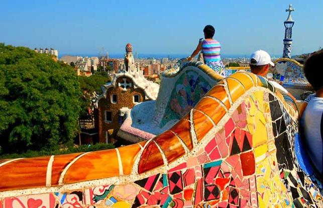Fortis Banque et Caixa se sont alliées pour créer le service « Seniors en Espagne »