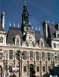 France - La Mairie de Paris a présenté ses mesures préventives pour les seniors en cas de canicule