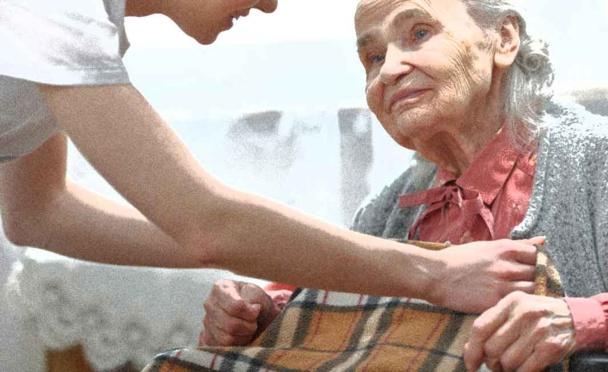 Doubs et aide à domicile : un intervenant pour une personne âgée !