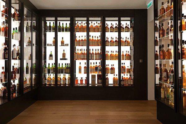Une splendide collection de whisky du monde