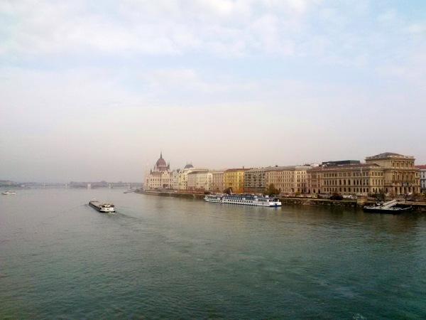 Le Danube et le Parlement de Budapest