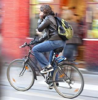 Delanoë sensibilise les seniors à la sécurité routière