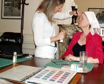 Relooking : la société CSCV se spécialise sur les femmes de 50 ans et plus uniquement
