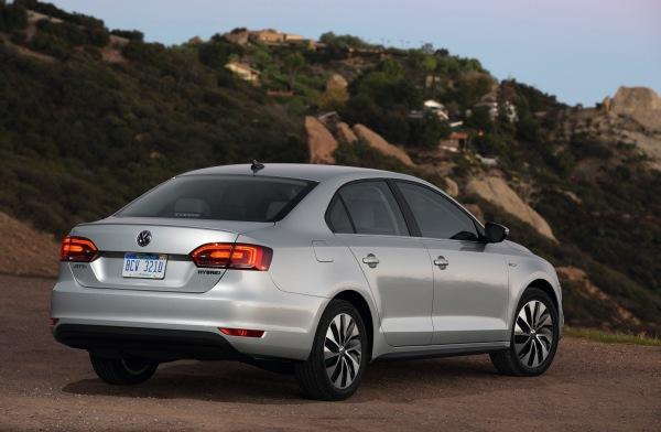 Volkswagen Jetta Hybrid : un modèle pratique qui reste méconnu
