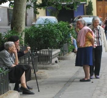 Plus de Vie 2007 : 407 nouveaux projets pour améliorer le quotidien des seniors hospitalisés