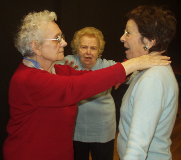 L'atelier, nouvelle pièce de théâtre de Jacques Leforestier jouée par des retraités