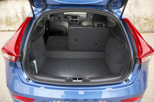 Volvo V40 T3 Geartronic 150ch : une allure modernisée