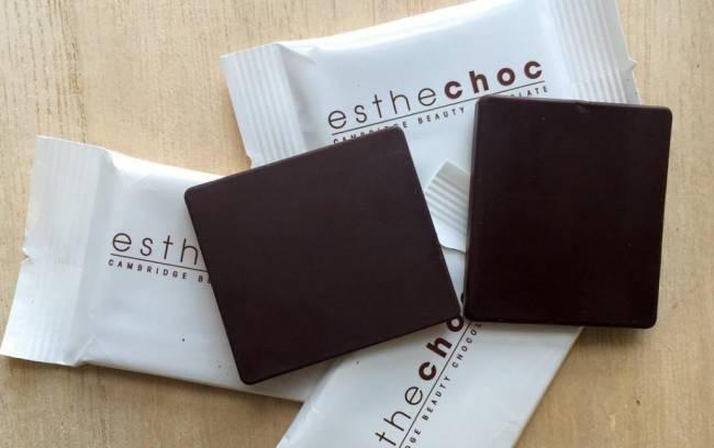 Esthechoc : la carré de chocolat anti-âge