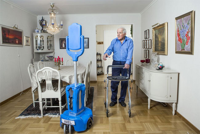 Giraffplus robot personne g e for Aides pour maison de retraite