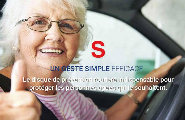 Signal senior : le macaron qui indique la présence d'un senior au volant