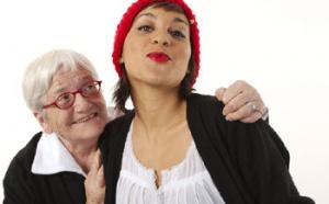 Golden hook : quand les grands-mères tricotent « solidaire » pour les jeunes générations