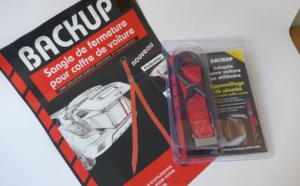Transport d'objets encombrants en voiture avec la sangle de maintien Backup