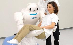 RIBA II : un robot japonais de dernière génération pour venir en aide aux personnes âgées
