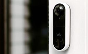 La sonnette vidéo d'Arlo inspecte vos visiteurs de la tête aux pieds