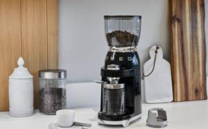 Smeg CGF01 : oh la bonne odeur de café moulu !