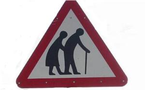 Attention : traversée de seniors... une nouvelle signalétique en Belgique