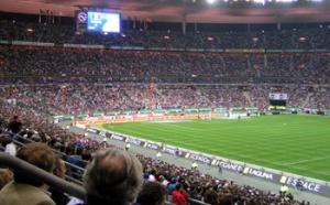 Alzheimer : des personnalités participent à un match de foot caritatif pour lutter contre la maladie