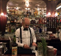 Paris : le Gallopin rouvre son bar