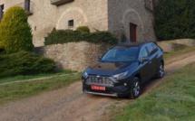 La Toyota RAV4 Hybride AWD : passage à l'hybride en France