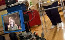 Une université canadienne met au point un robot pour s'occuper des personnes âgées
